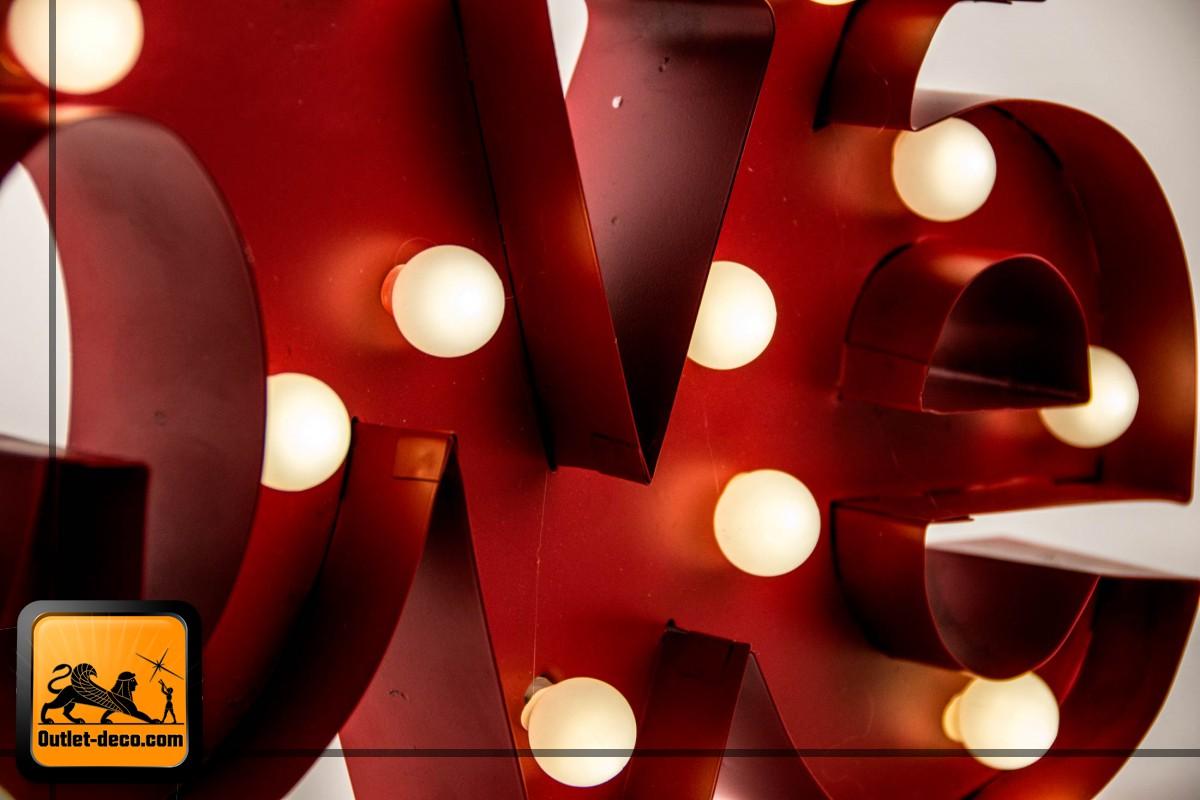 DECORACION PARED METAL 46X20X5 LEDS ROJO