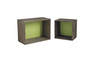 Estantes en madera y zinc